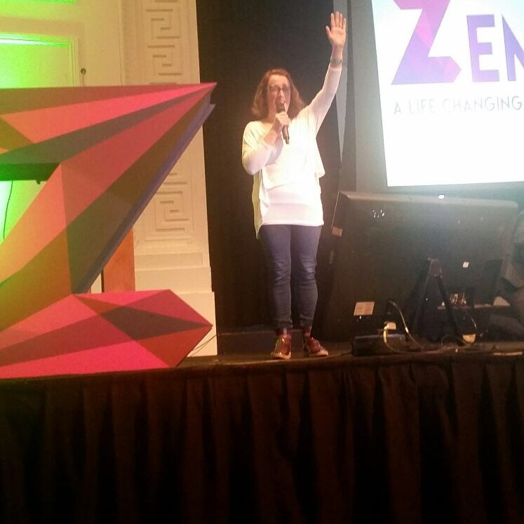 Caoimhe on stage at Zeminar